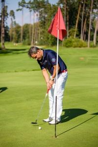 Spevák Filip Tuma tiež rád trávi voľný čas na golfe.
