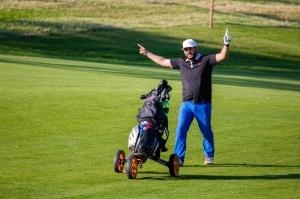 Herec Martin Mňahončák patrí tiež medzi vášnivých golfistov.