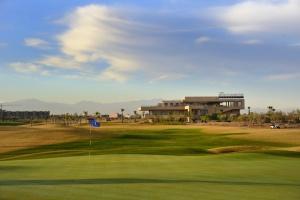 Veľkorysý klubový dom je určený nielen pre golfistov.